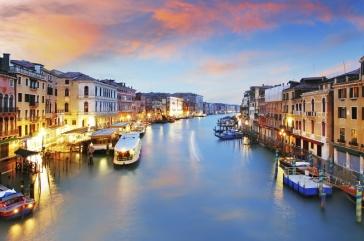 Самолетна екскурзия до Венеция с екскурзовод на български език